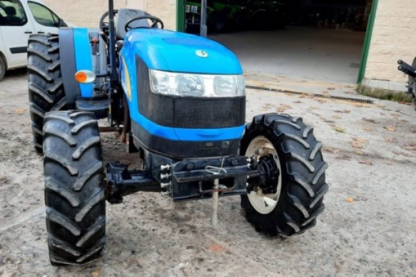 New Holland,T4040 F 4wd,Cáceres,18.000,00 EUR