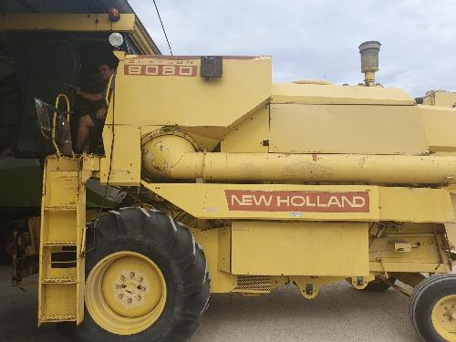 New Holland,8080,,15.500,00 EUR