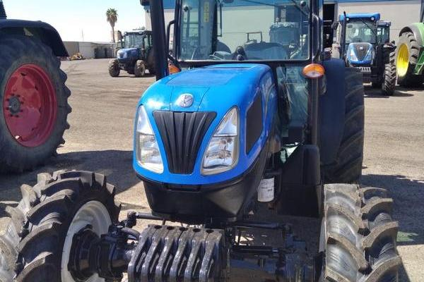 New Holland,T4.95 F 4wd,Badajoz,26.000,00 EUR