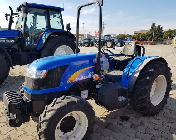 New Holland,T4040 F 4wd,Lleida,18.000,00 EUR