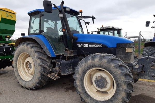 New Holland,Tm 135 4wd,Lugo,28.000,00 EUR