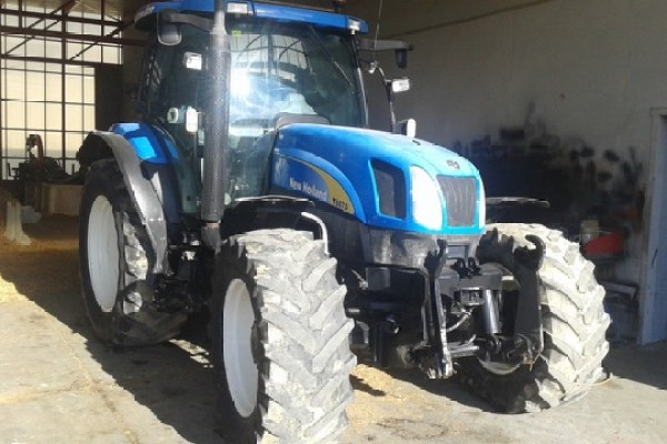 New Holland,Ts 135 a 4wd,Zaragoza,33.000,00 EUR