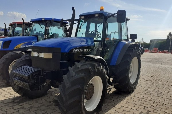 New Holland,8360 Dt,Lleida,25.000,00 EUR