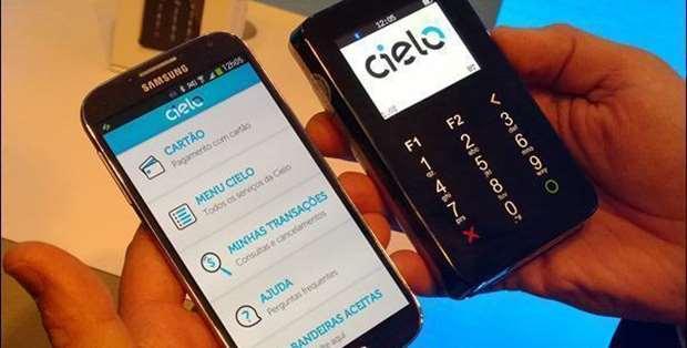 As melhores máquinas de cartão de crédito para celular