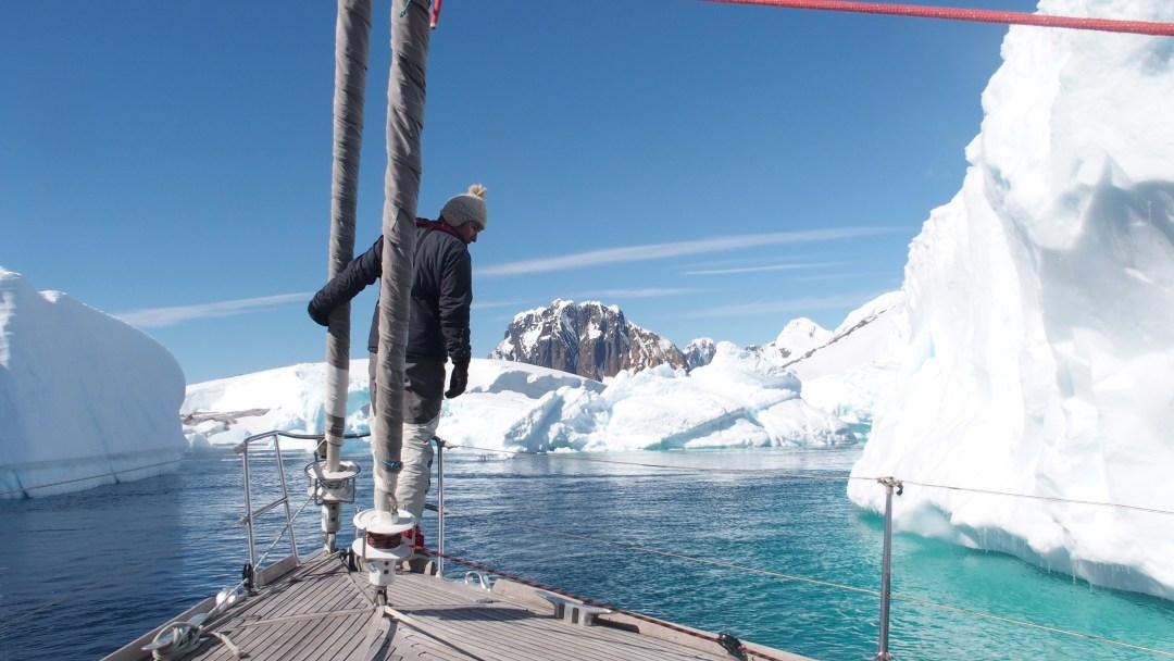 Balade dans les icebergs en Antarctique