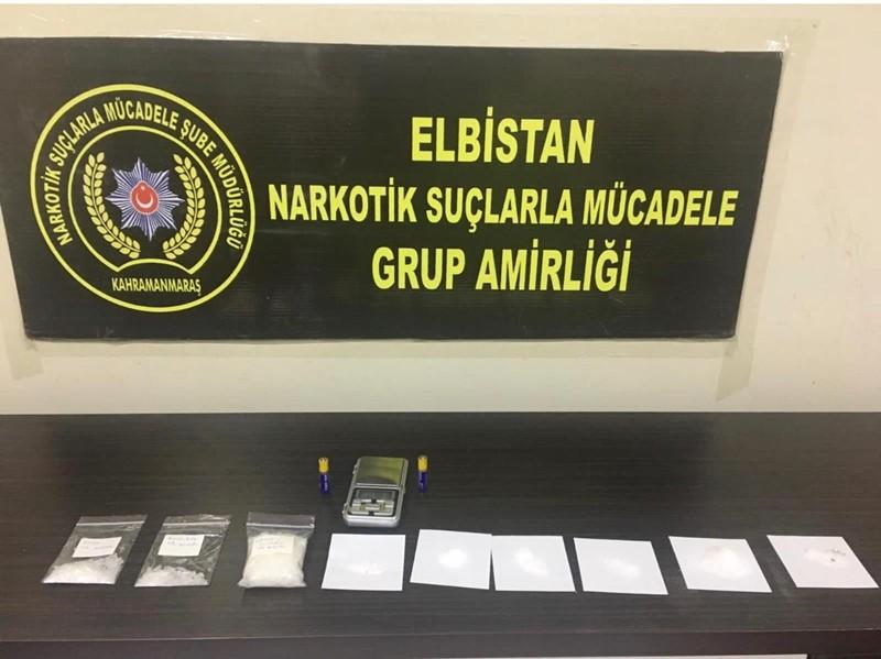 Elbistan'da uyuşturucu operasyonuna 2 tutuklama