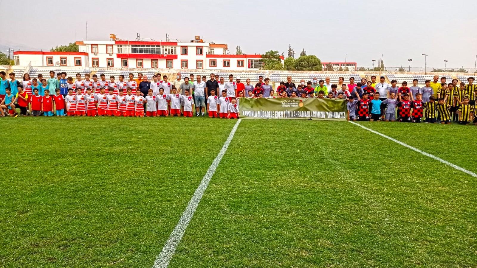 Kahramanmaraş'ta genç yetenekler futbol şenliğinde buluştu