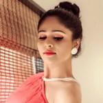 akshaya-deodhar-tujhyat-jiv-rangla-actress-hot