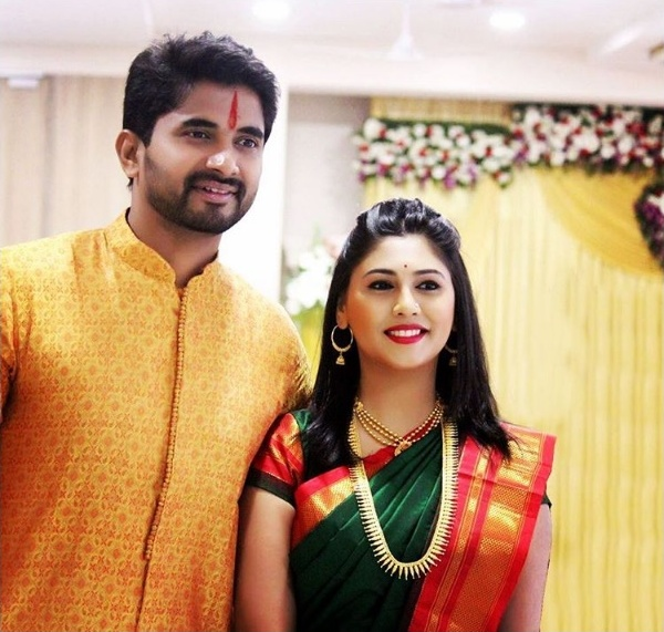 Celebrity couple Pooja Purandare and Vijay Andalkar Got Engaged