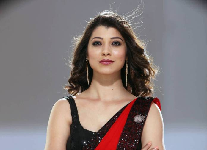 Tejaswini-Pandit-bio-wiki-husband-family-birthday