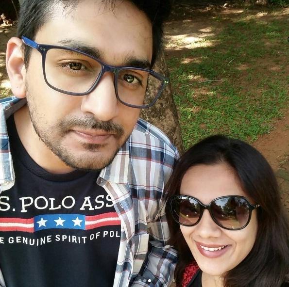 Spruha Joshi Enjoying Her Kerala Holidays With Family Friends