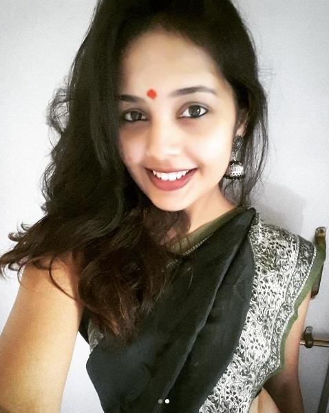 marathi-actress-in-saree-2