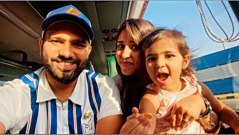 रोहित शर्मा फोटो - Rohit Sharma Photo with Wife and Kids