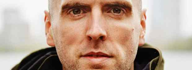 The Blind Runner - Simon Wheatcroft 1