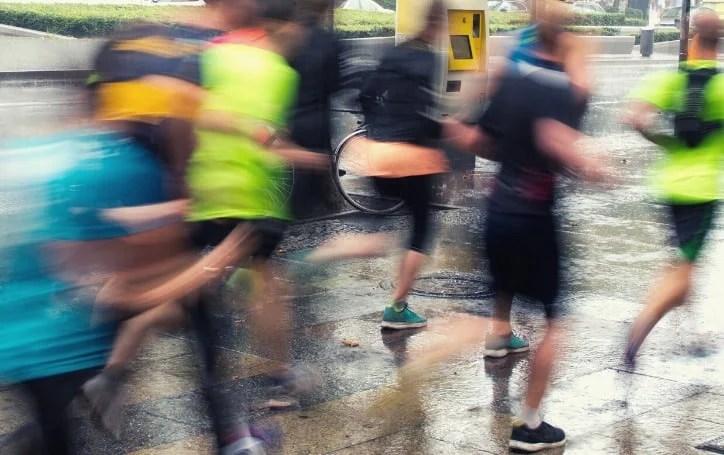 How To Run In The Rain (3) Running in the rain