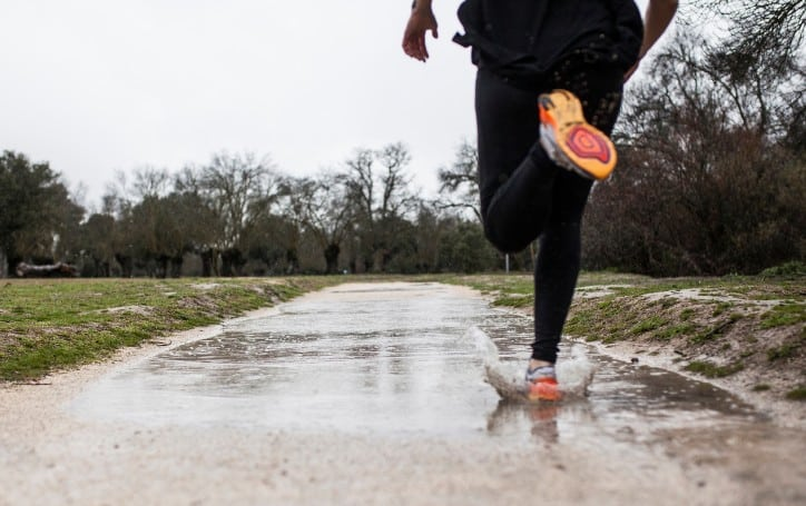 is it safe to run in the rain?