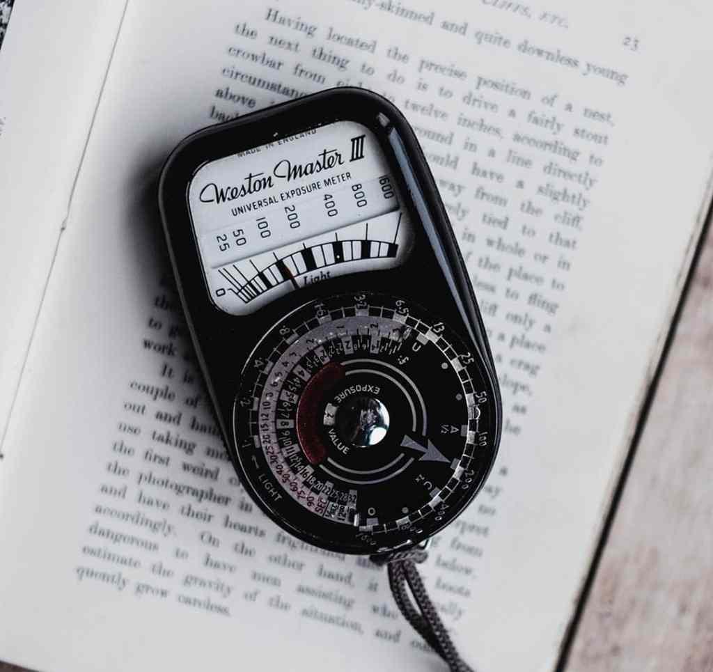 Exposure in Photography. Exposure meter.