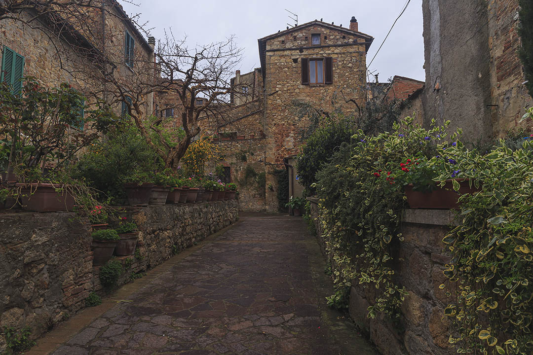 Tuscans really like the gardens