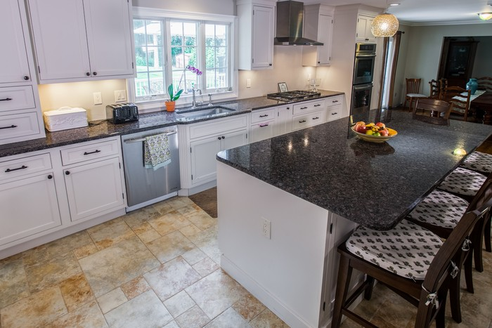White Cabinets Paired with Dark Countertops   Marble.com on Black Countertops  id=21739