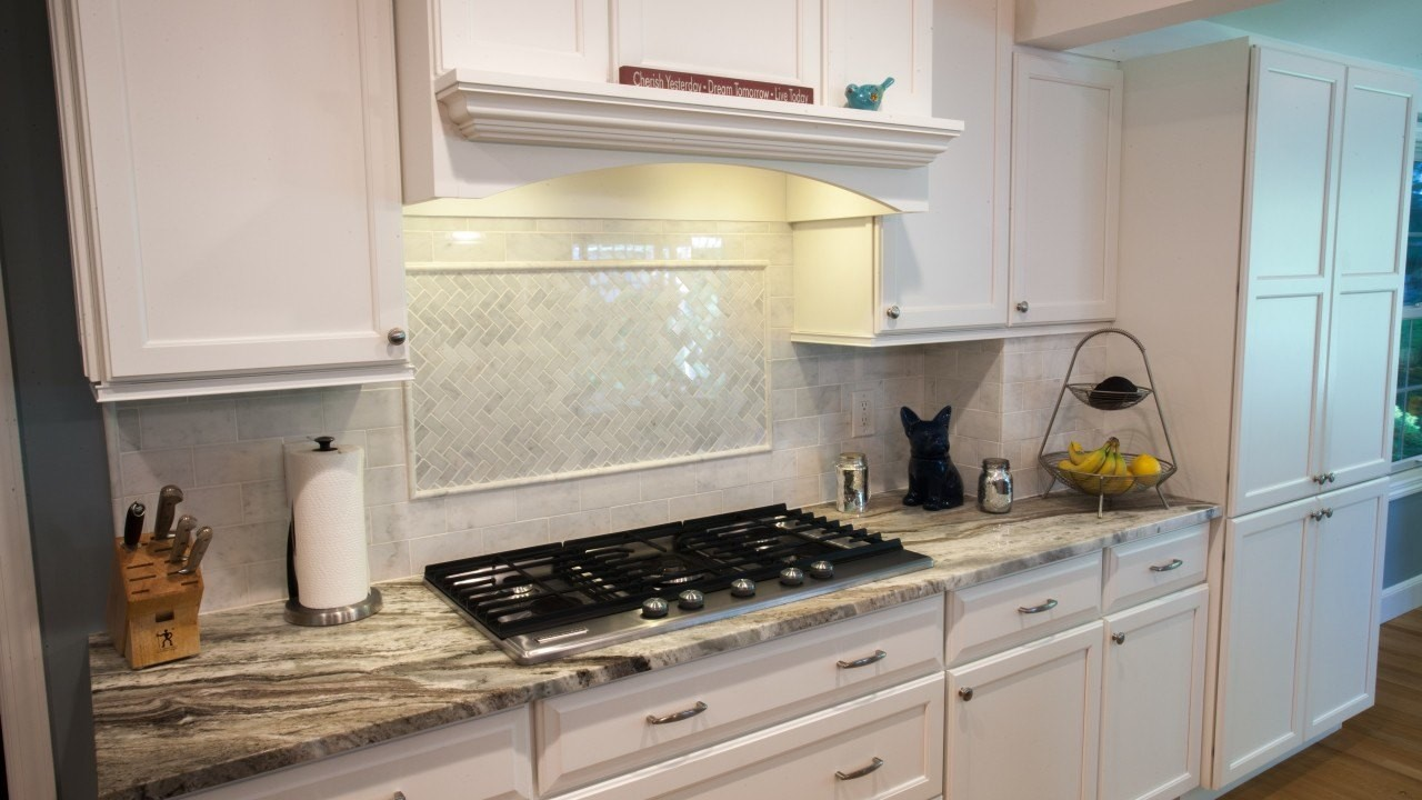 Countertops or Backsplash: What's First | Marble.com on Best Backsplash For Granite Countertops  id=67139