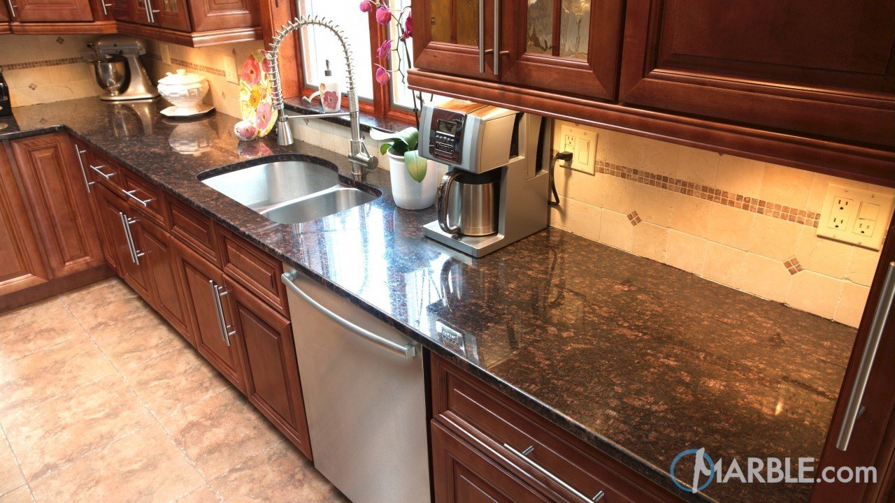 Tan Brown Granite Kitchen | Marble.com on Black Granite Countertops With Brown Cabinets  id=91796
