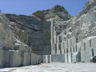 dionyssomarble-tinos_quarry