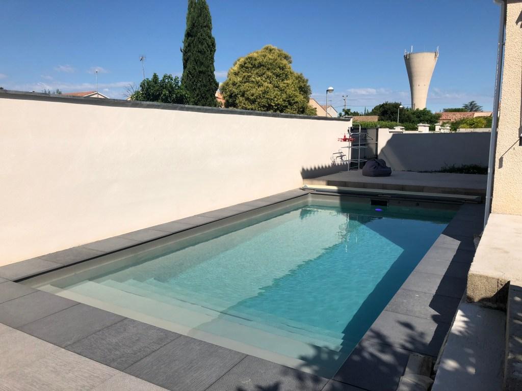 Pose d'une piscine coque, Pose d'une piscine coque Space Pools, Marc Robin Piscines, Marc Robin Piscines