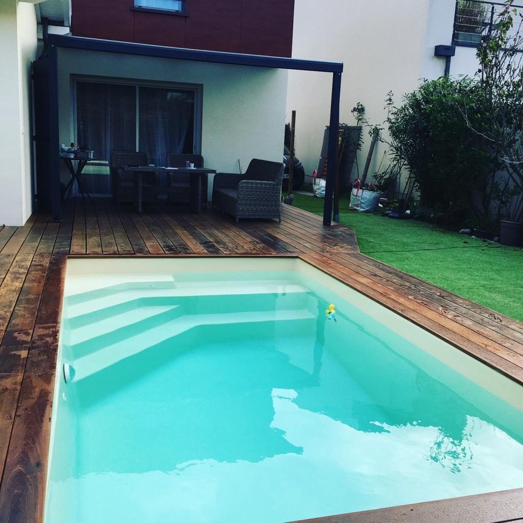Pose d'une piscine coque, Pose d'une piscine coque Space Pools, Marc Robin Piscines
