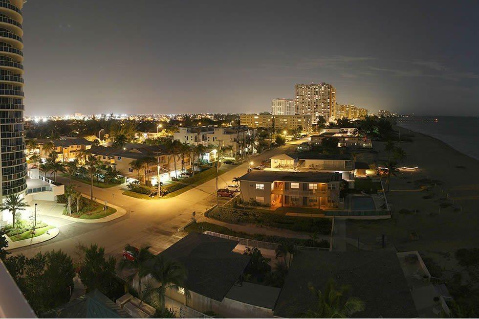 1280px-Briney_Avenue,_Pompano_Beach_-_Panorama-43e56c19d5