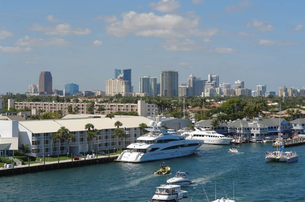 Fort_Lauderdale-skyline-harbor-a013890f05