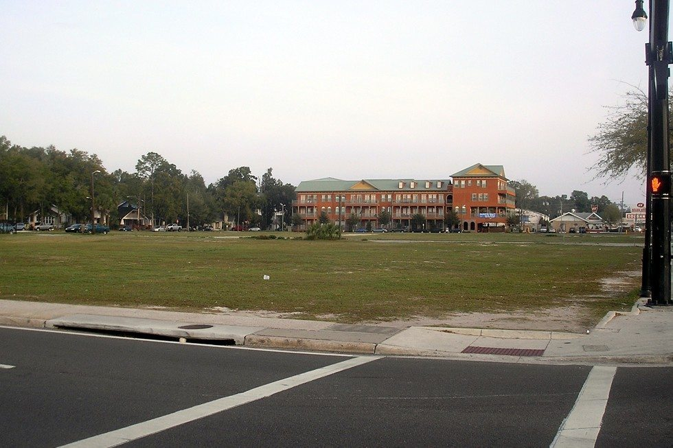 University_Corners.Gainesville_Florida-06b12966b2