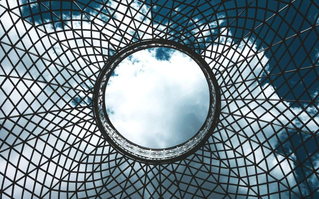 Des barrières et des plafonds de verre