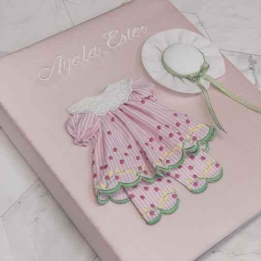 Baby-Memory-Book-KBRE-24G-Pink-Silk-Ballantines-Font-White-Thread-alt