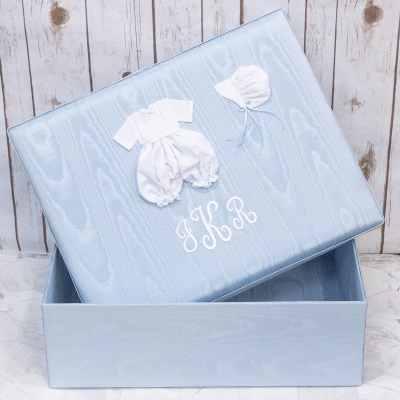 Large-Baby-Keepsake-Box-B121R-22B-Blue-Upright-Monogram-White-Thread