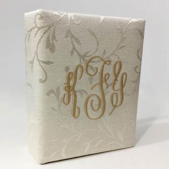 AHB7-2-Cream-Swirls-Brocade-Style-38-Matte-Gold-Thread