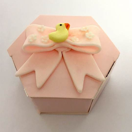 FBB-4-Pink-Favor-Box-with-Yellow-Duck