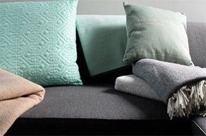 pastelkleurige-plaids-met-visgraat-motief-van-cashmere-met-merino-wol-1-marcelineke