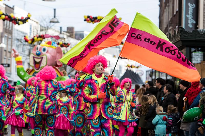Carnavalsoptocht in Knotsenburg - Marcel Krijgsman