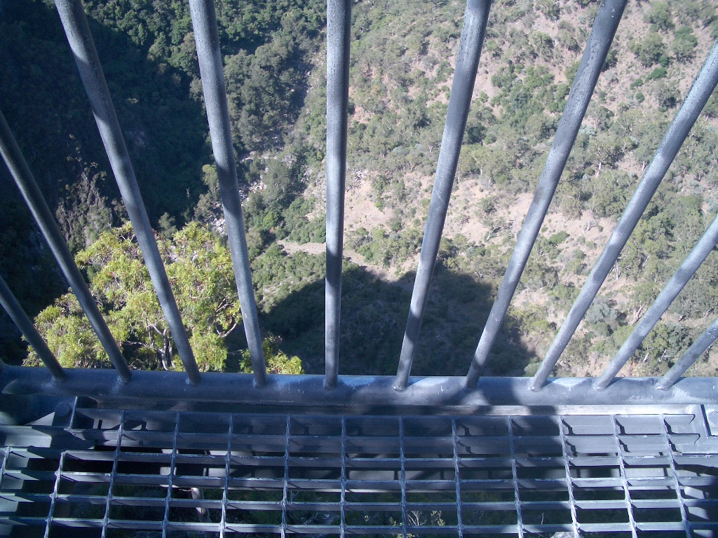Bungonia Look down