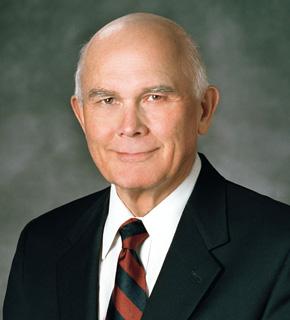 Élder Dallin H. Oaks, do Quórum dos Doze Apóstolos