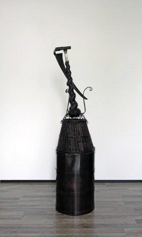 Luxuria (Joen) - 190 x 60 x 60 cm. - mixed media