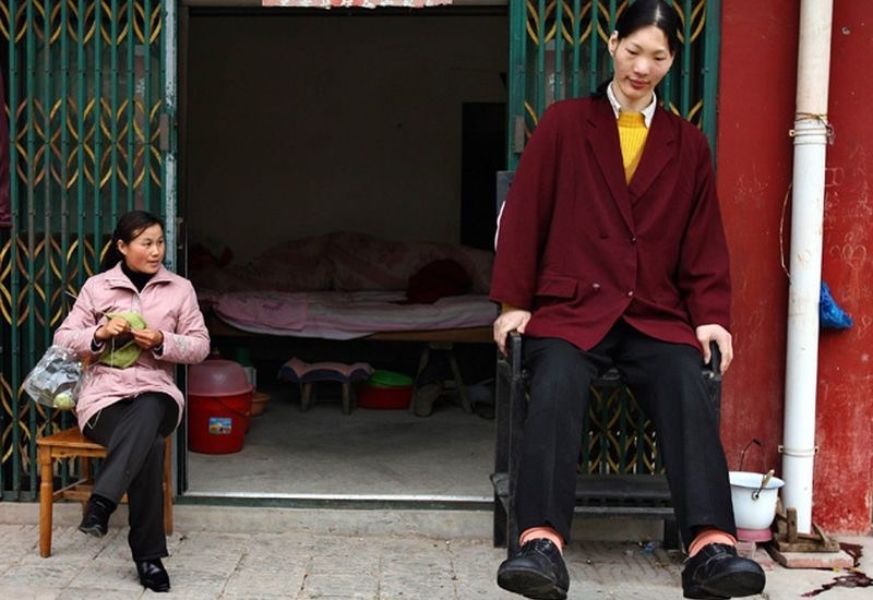 Top 5 Tallest Women in The World