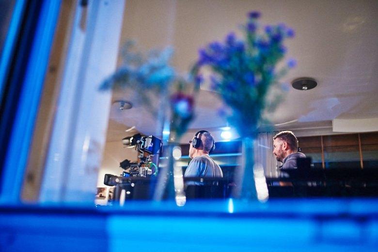 Setfotograf marcel schroeder fotograf privatkonzert event reportage 034 Privatkonzert im Haus Schminke Setfotograf, Reportage, kommerziell, journalistisch, Görlitz, Fotografie, Fernsehen, Eventfotografie, Business, Begleitung