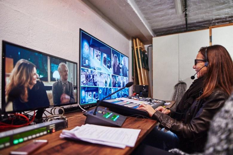 Setfotograf marcel schroeder fotograf privatkonzert event reportage 052 Privatkonzert im Haus Schminke Setfotograf, Reportage, kommerziell, journalistisch, Görlitz, Fotografie, Fernsehen, Eventfotografie, Business, Begleitung
