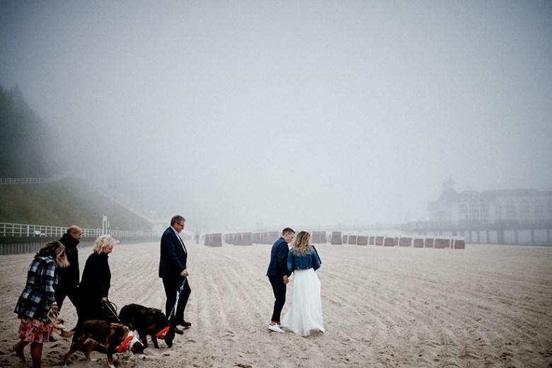 Hochzeitsfotograf Fotograf Ruegen Ostsee Sellin Binz Usedom Header 073 intime Hochzeit auf Rügen verliebt, Reportagefotografie, Reportage, Liebe, Langeoog, Hochzeitsfotografie, Hochzeit, gleichgeschlechtlich, Fotoreportage, Elopement