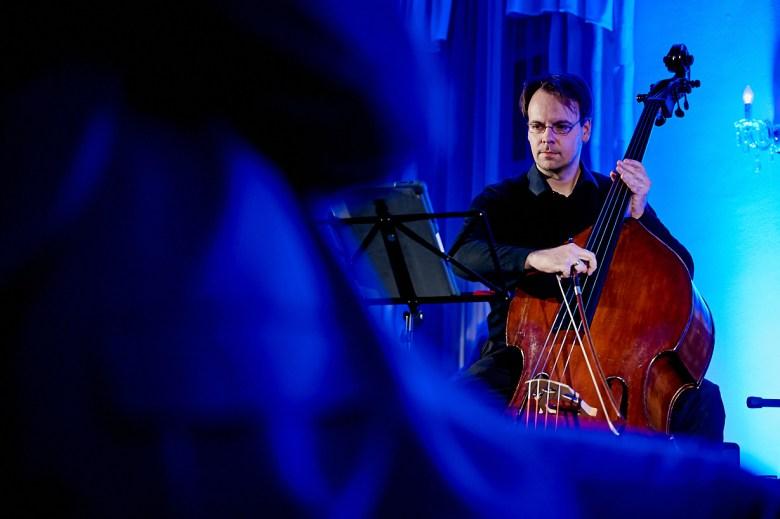 Marcel Schroeder Fotograf Reportage Fotoreportage Lesung Marktquartier 17 musikalische Lesung - eine Reportage