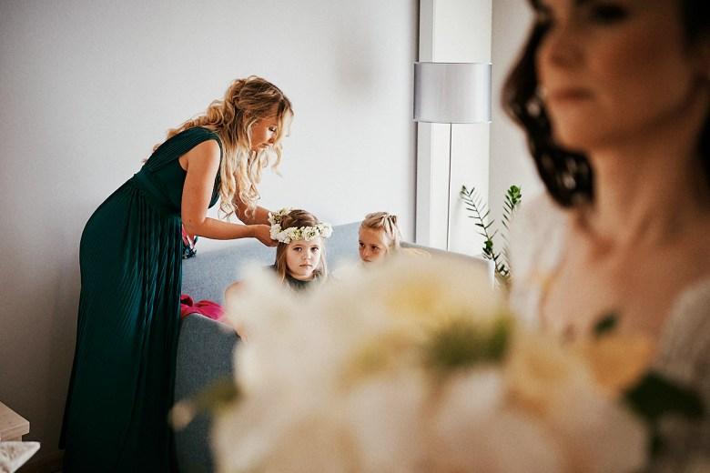 Marcel Schroeder Fotograf Bieleboh Loebau heiraten Bautzen Berghochzeit Reportage Hochzeit 023 Berg-Hochzeit auf dem Bieleboh verliebt, Reportagefotografie, Reportage, Liebe, Langeoog, Hochzeitsfotografie, Hochzeit, gleichgeschlechtlich, Fotoreportage, Elopement