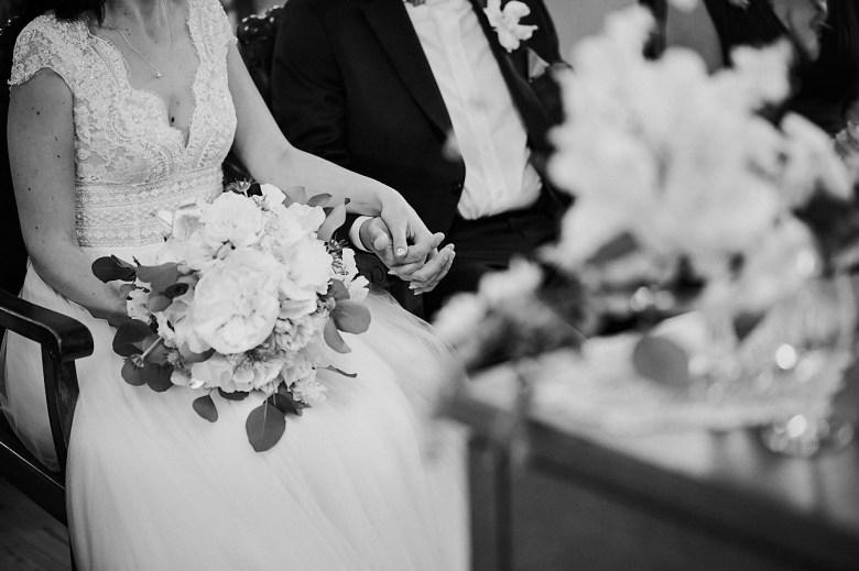 Marcel Schroeder Fotograf Bieleboh Loebau heiraten Bautzen Berghochzeit Reportage Hochzeit 049 Berg-Hochzeit auf dem Bieleboh verliebt, Reportagefotografie, Reportage, Liebe, Langeoog, Hochzeitsfotografie, Hochzeit, gleichgeschlechtlich, Fotoreportage, Elopement