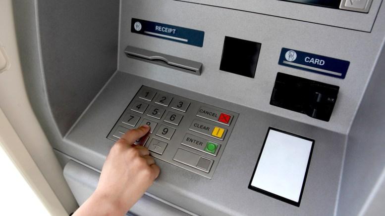 La Crète et une cash machine