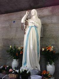 Primeros milagros en Lourdes-Marchando Religión